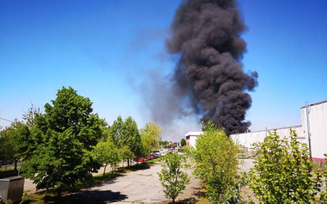 Stiamo seguendo un grave danno da incendio ad un importante concessionario