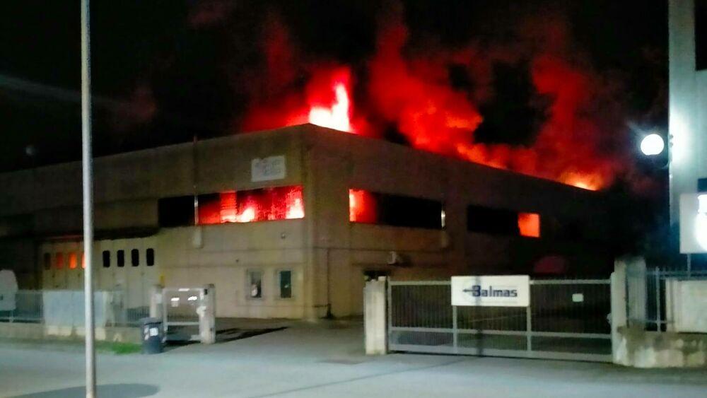 La divisione Advice sta assistendo i proprietari di un capannone interessato da un grave incendio nelle attività necessarie per ottenere indennizzo dei danni subiti
